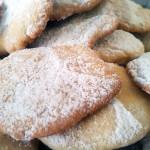 Morbidi cookies inglesi al profumo di zenzero e limone…in piú ricetta cappuccino molto Starbucks!